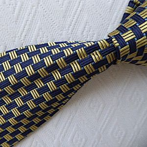 CANALI  ITALY blue gold GEOMETRIC 100% SILK TIE